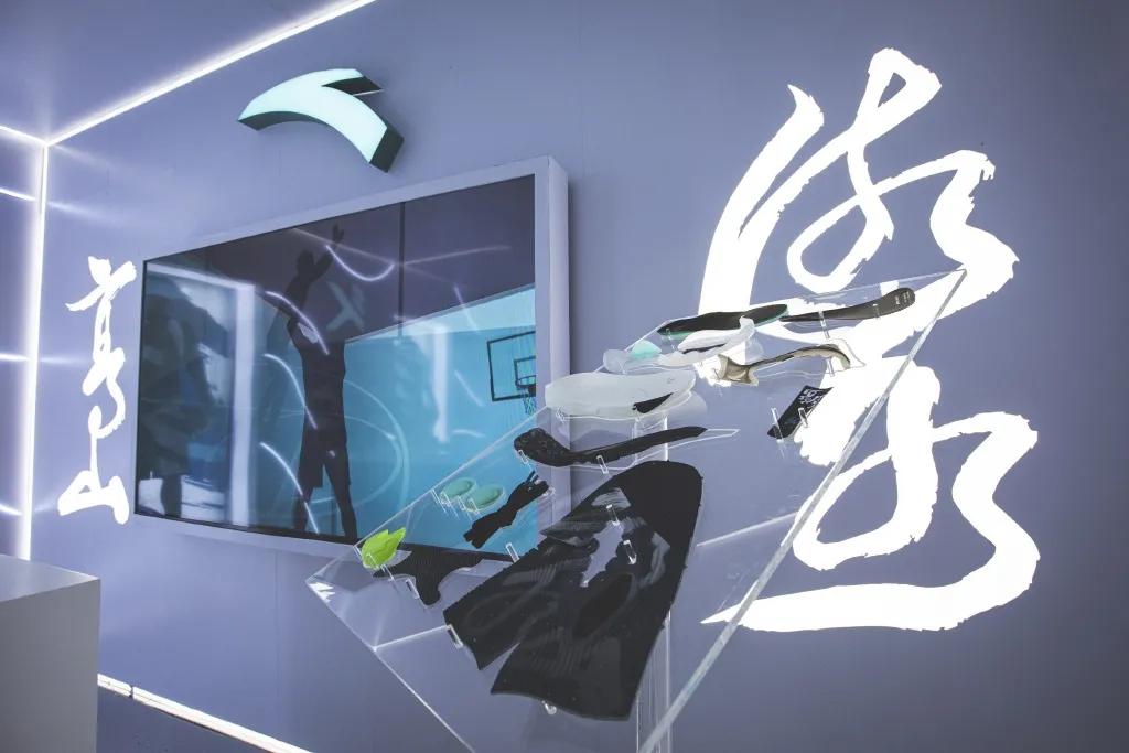 安踏新品发布会克莱·汤普森KT6系列水花兄弟